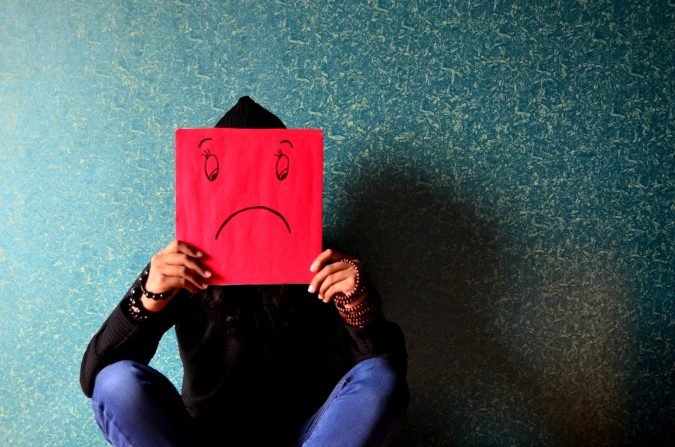 """Как продуктът """"Боров прашец"""" на New Era For Health помага при депресия?"""