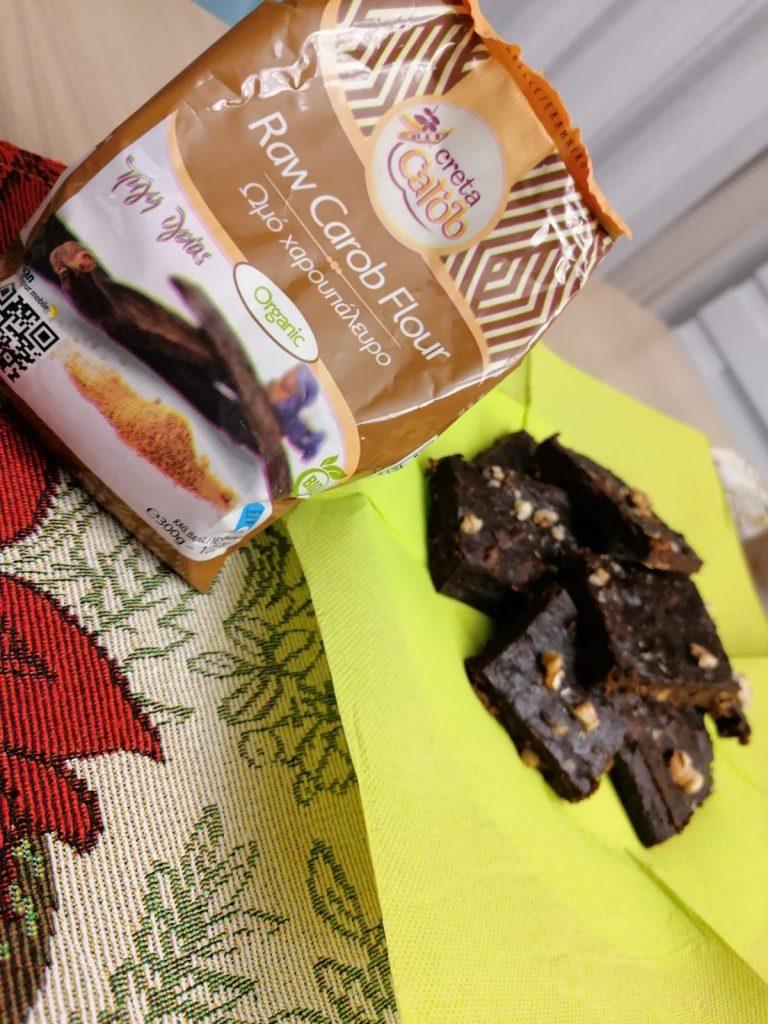 Рецепта: Бананово орехово брауни с рожков