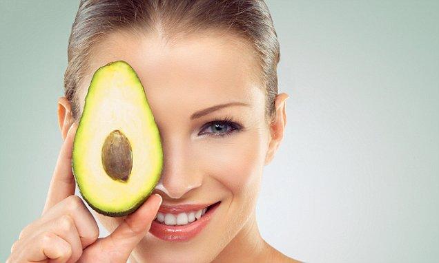 Как авокадото помага на кожата?
